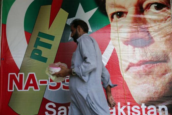Imran talks of US ties, but anti-American rhetoric has many wary