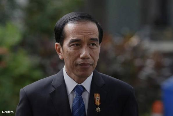 Jokowi turns to populist policies ahead of tough 2019 election