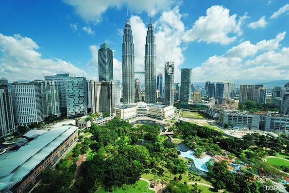 Malaysia's 2017 budget deficit at 3% of GDP as revenue rises
