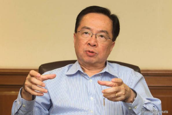 """KUALA LUMPUR: Muda Holdings Bhd expects to register another record profit this year, thanks to the continued healthy demand for packaging and paper on the back of reasonable and stable selling prices.  """"Barring any unforeseen circumstances, this year's full-year performance will be better than last year's,"""" group managing director Datuk Lim Chiun Cheong told The Edge Financial Daily.  The group is, however, cautious about the market situation next year mainly due to the trade tensions between the US and Chi"""