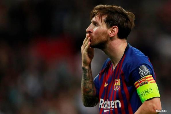 Maestro Messi lights up Wembley as Barca sink Spurs