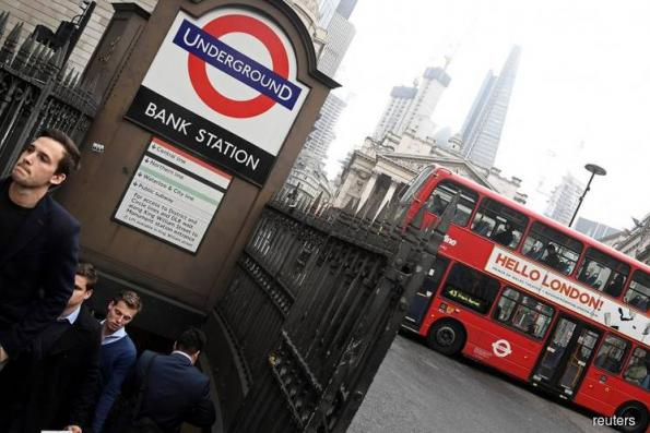 EU Commision sending Britain new warning over €2.7b bill, source says
