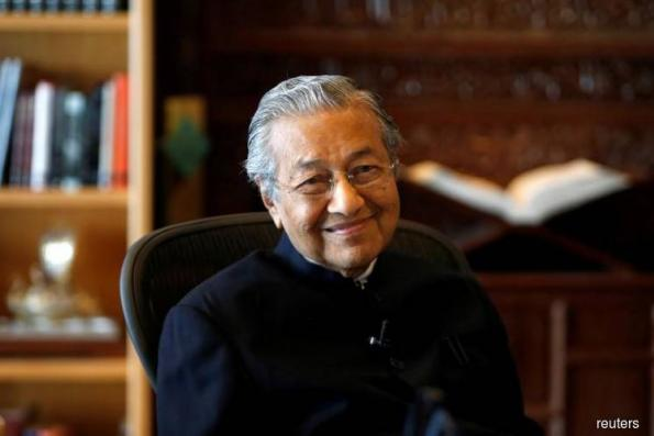 Tun M hopes to be sworn in as PM by 5pm today
