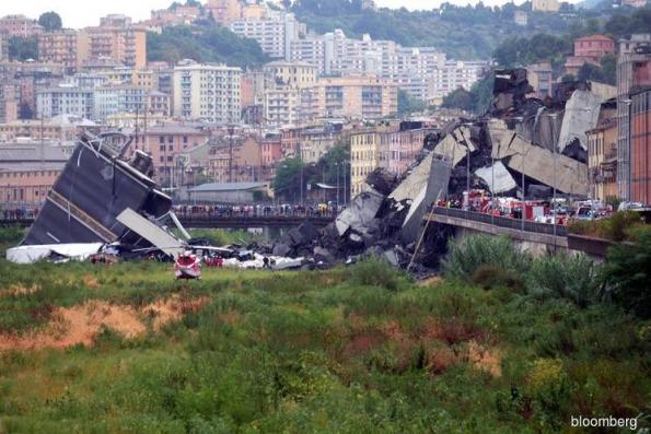 Major bridge collapse in Italy leaves many dead, trapped