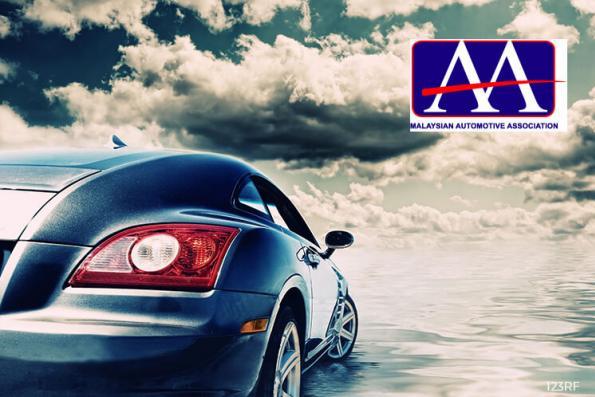 August vehicle sales down 0.95% y-o-y