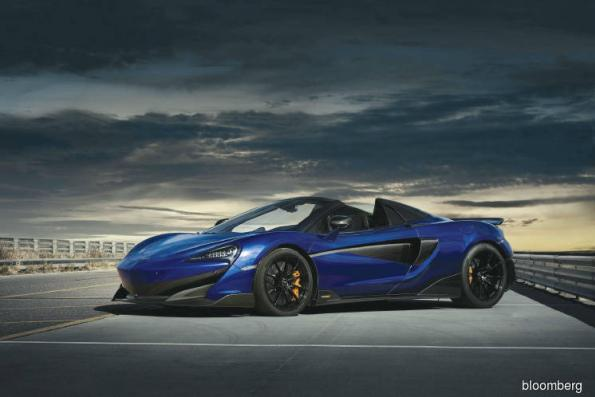 Cars: McLaren 600LT Spider acts like a coupe on the track