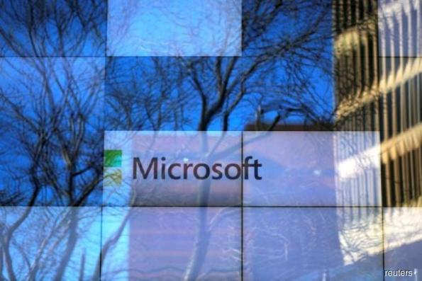 Microsoft beats Wall Street targets on cloud services revenue