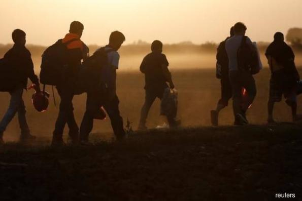 Migrants tend to be healthier, live longer — study