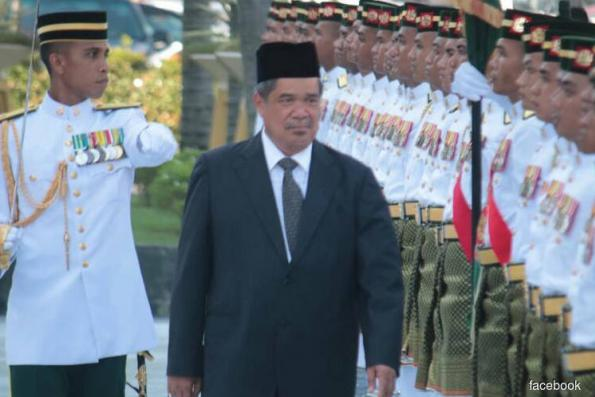 Mat Sabu: Up to cabinet to declassify Mindef 'land swap' reports