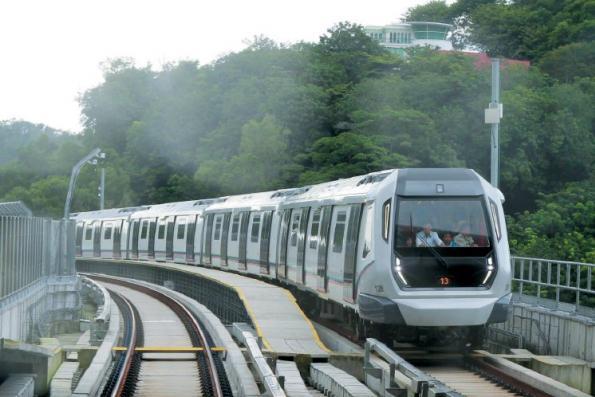 林冠英:不会减少MRT2地下站