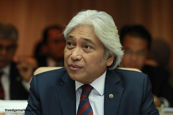 Global economic growth remains 'relatively weak', says BNM chief