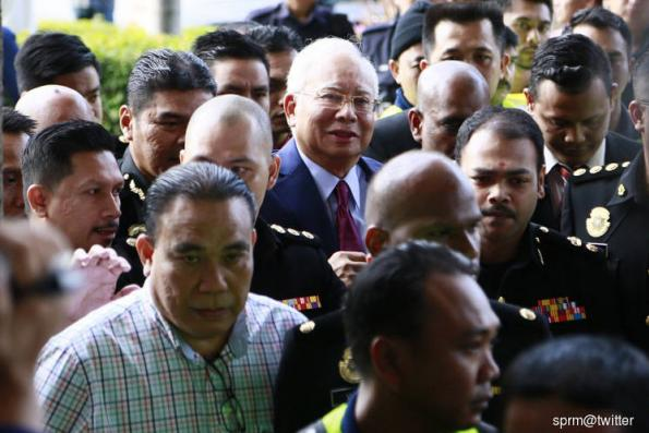 Police arrest Najib over RM2.6 billion case