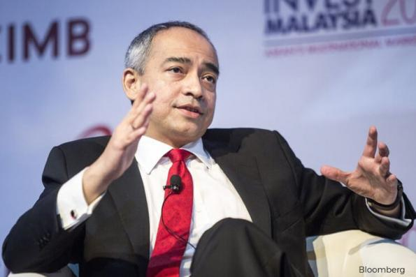 Nazir Razak deals in CIMB shares