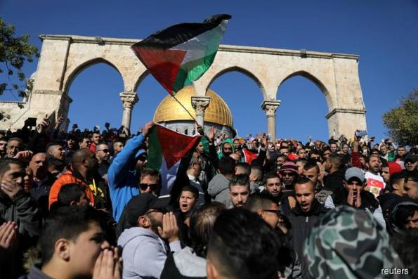 Palestinians, Muslims worldwide hold 'Day of Rage' over Jerusalem