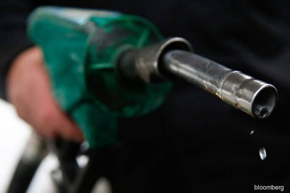 To bring down gasoline prices, start a (trade) war