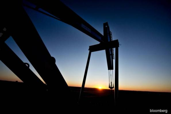 Goldman Sachs Pours Cold Water on Talk of $100 a Barrel Oil