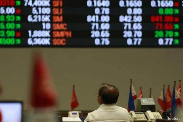 Philippines jumps as slowing inflation supports views of steady rates