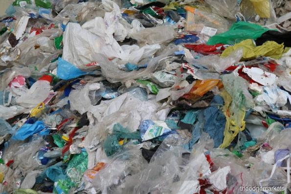 Urgent action needed to stem tide of plastic pollution