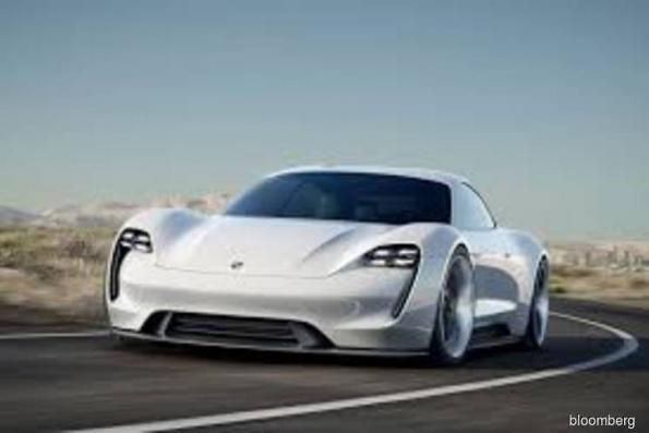 Porsche is said to plan US$6.8 bil profit push for e-cars