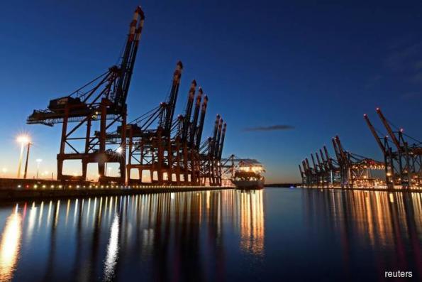 Trump trade threats bite into German factory orders