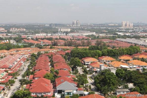 Easing home loan rules risky, say analysts