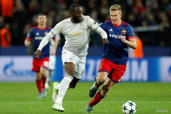 Soccer-Lukaku double leads Man United to 4-1 win over CSKA Moscow