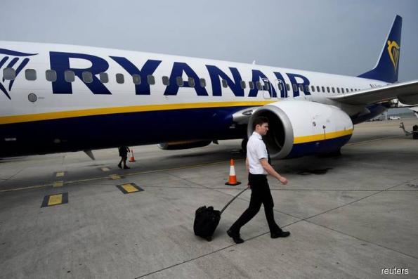 Ryanair proposes mediator for Irish pilots union talks