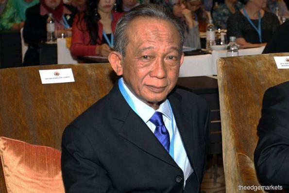 Malaysia EPF chairman Samsudin Osman heads federal award recipient list