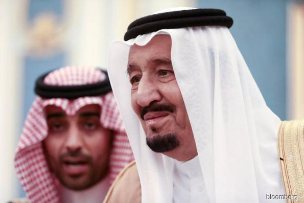 Inside the Saudi king's 1,500-person entourage in Moscow