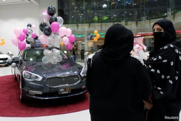 Saudi women-only motorshow opens in Jeddah