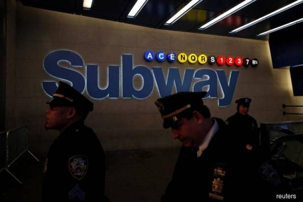 Investigators search for clues in attempted New York subway bombing