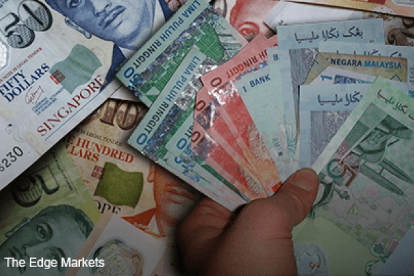 Ringgit up against Singapore dollar after MAS adjusting currency band