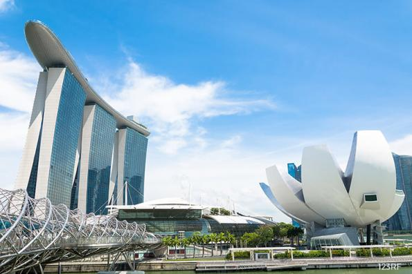 Visitor arrivals to Singapore climb to record high