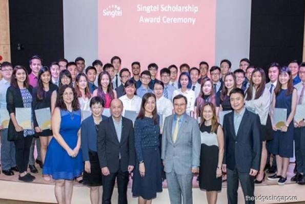 Singtel awards S$2.7 mil in scholarships and apprenticeships to 72 students