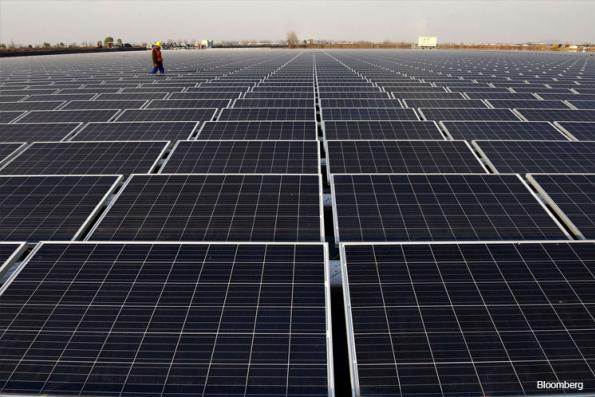 China Flooded U.S. With Solar Panels Before Trump's Tariffs