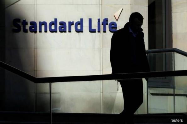 Standard Life Aberdeen hit by Lloyds axing US$140 bil asset deal