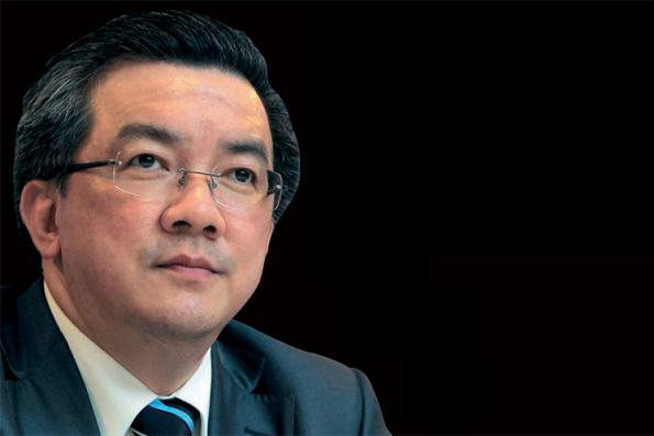 Supermax chairman Rafidah says company, board 'strongly behind' MD