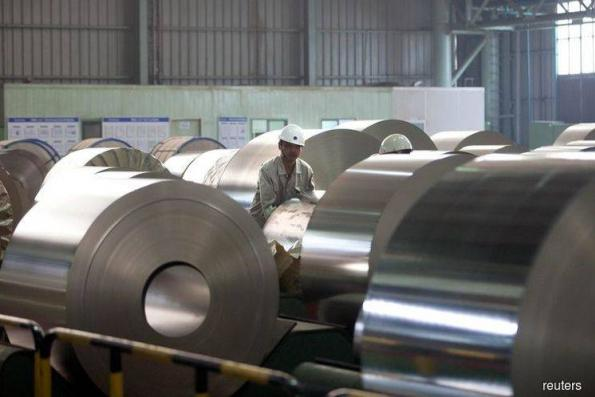Steel and aluminium counters reverse gains on mixed sentiment