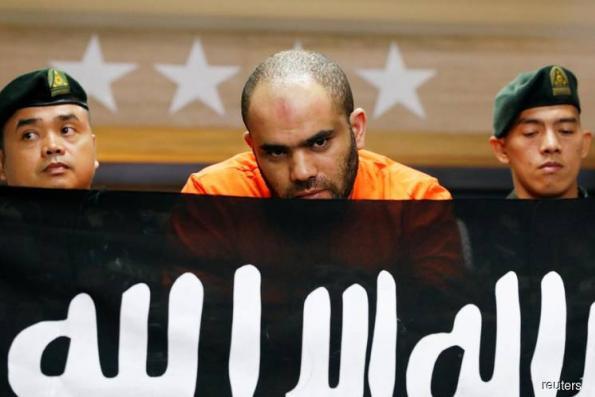 Philippines says suspect Islamist militant recruiter arrested