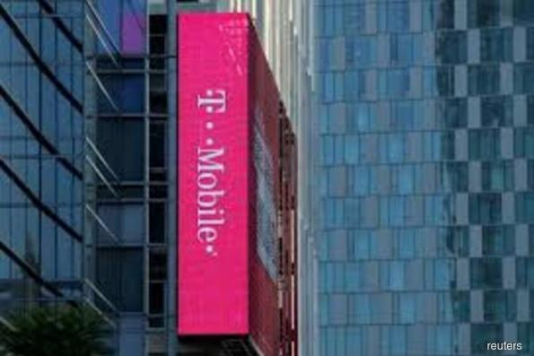 T-Mobile to launch new television service in 2018, to acquire Layer3 TV