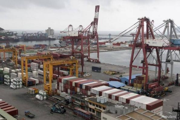 Taiwan Nov exports hit record high aided by China, U.S. demand