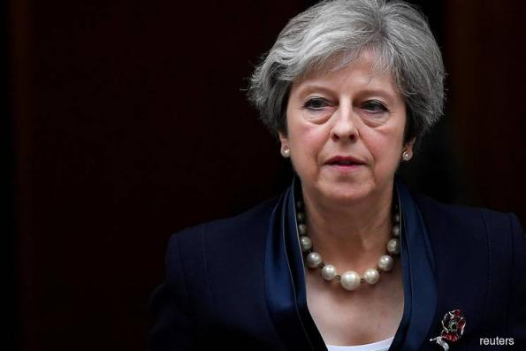 May Sets Course for Brexit Showdown Over Customs Union in June