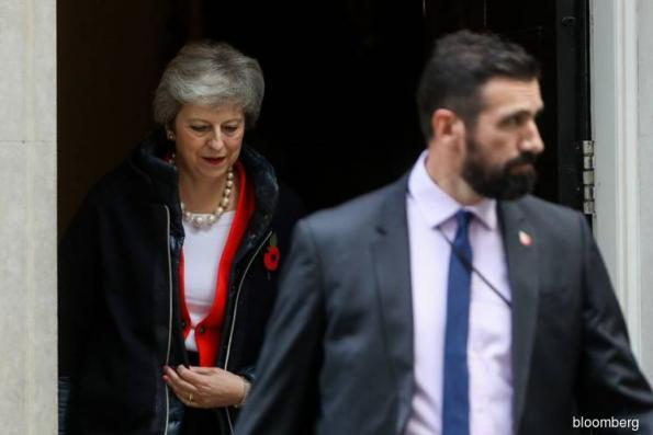 U.K. cabinet shown Brexit deal text as talks near endgame