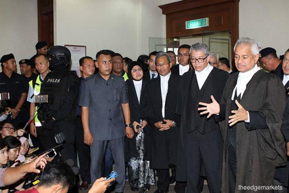 AG's press meet disrupted by Najib supporters' commotion