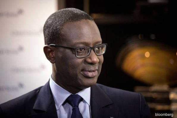 Credit Suisse to buy back stock as Thiam grapples with markets