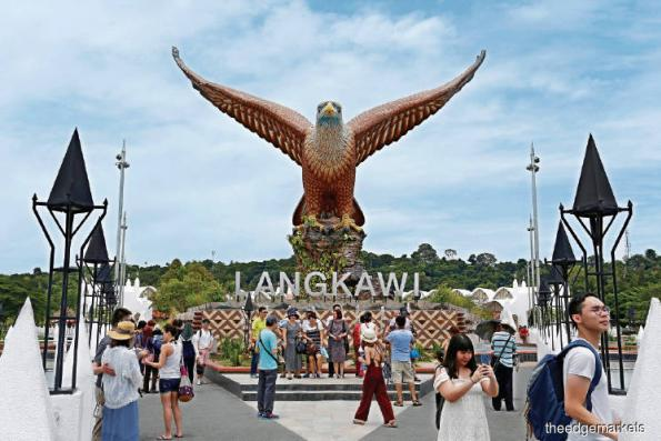 Tourist arrivals for 2018 miss target for eighth year