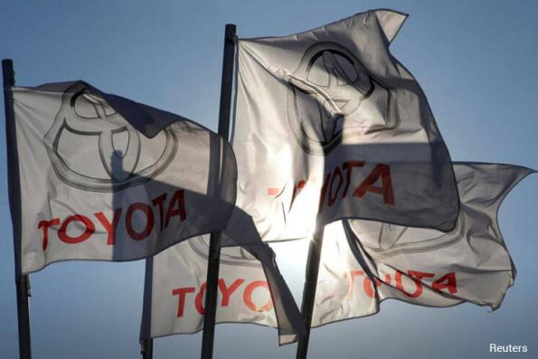 Toyota, other Japanese carmakers say hoods containing Kobe Steel aluminium are safe