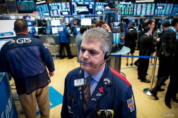 S&P 500, Dow up as rising treasury yields boost banks