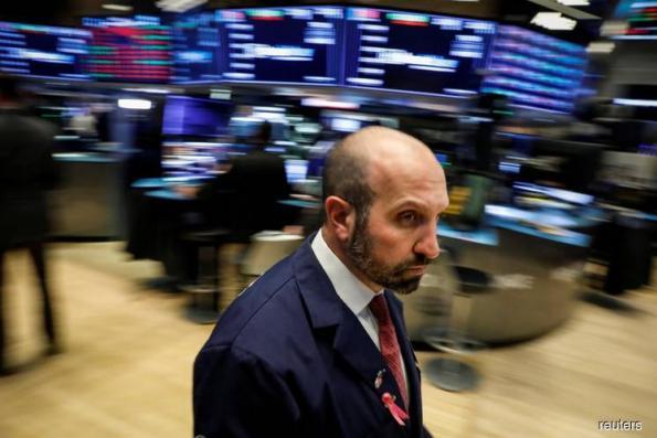 Mixed U.S. inflation signals leave investors adrift