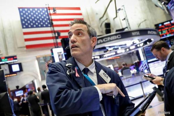 S&P 500 ends at lowest since May as tech, internet stocks tumble